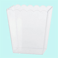 Container Scalloped Medium Plastic